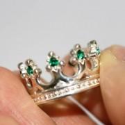 Кольцо Корона с изумрудом 3