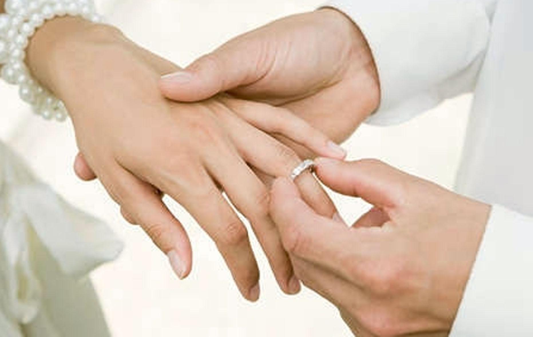 палец для кольца определить размер - кольцо невесте на палец