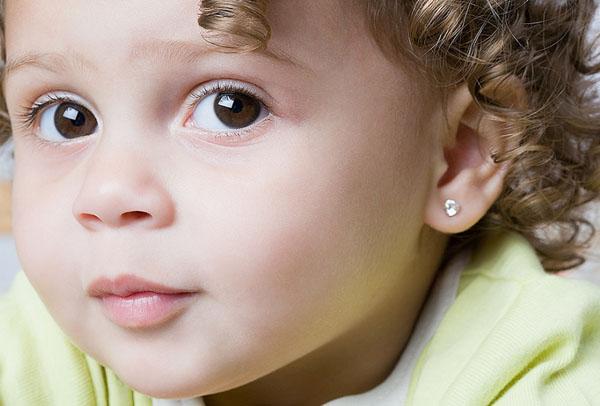 как ухаживать за ушами ребенку после прокола